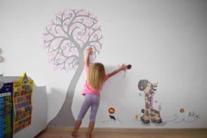Как разрисовать стены?
